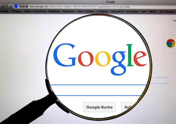Boicot a Google por servir anuncios de extremistas islámicos, racistas y homófobos