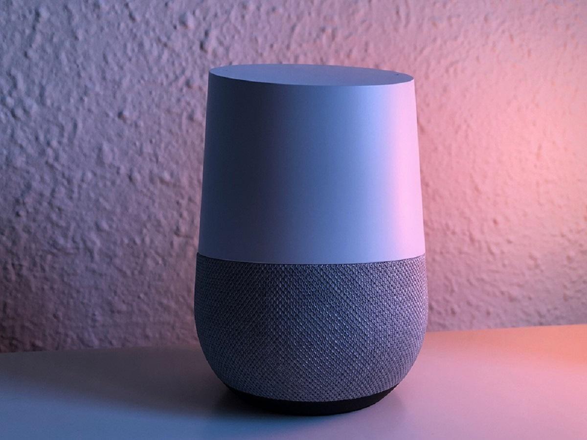 Amazon y Google reciben información de los dispositivos conectados, incluso cuando no se usan