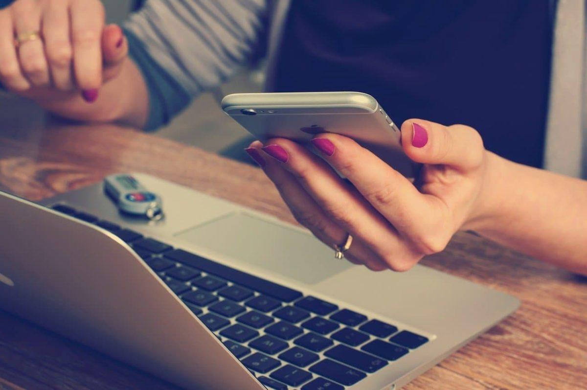 Cómo compartir la conexión a Internet de mi móvil para trabajar desde el portátil