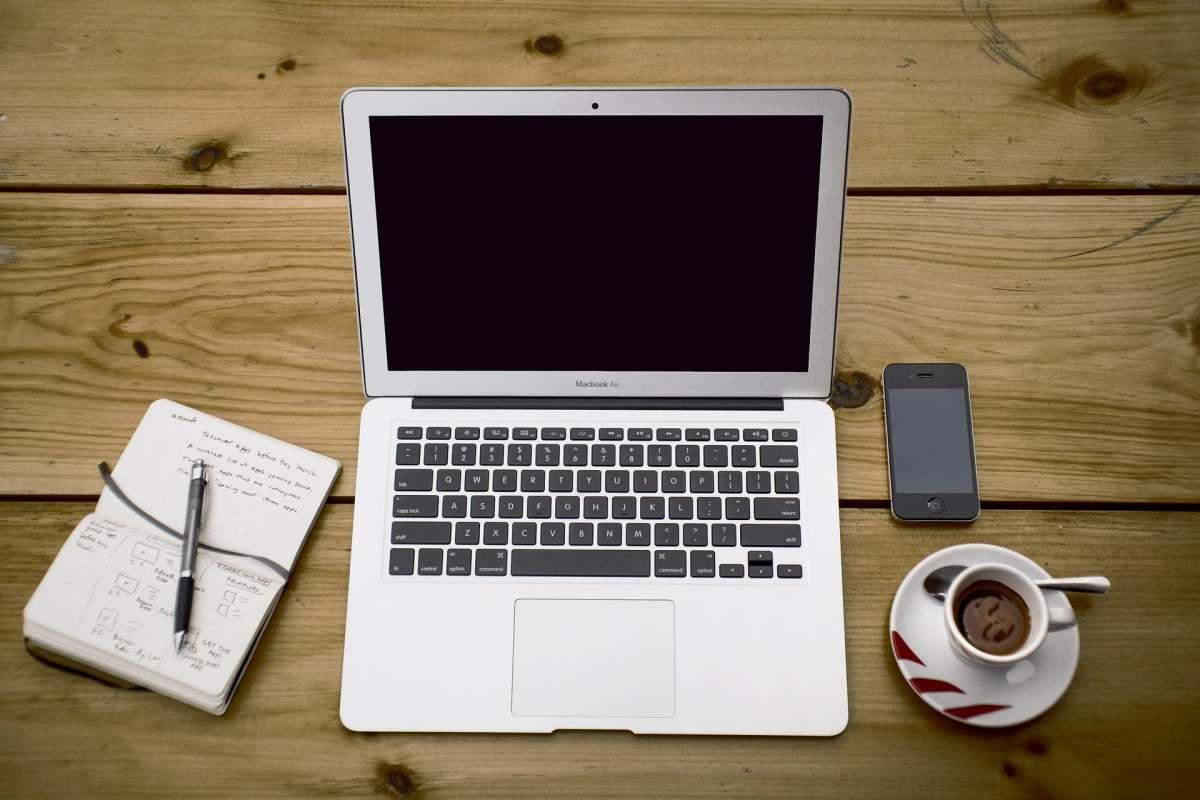 5 consejos para evitar que tu portátil se caliente de más cuando lo usas